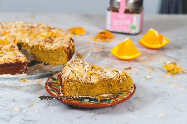 Sinaasappelcake met amandelen